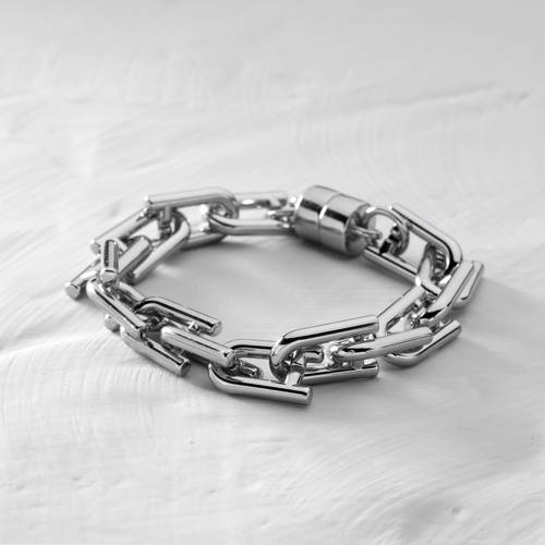 Brooklyn. Silver-plated chain bracelet