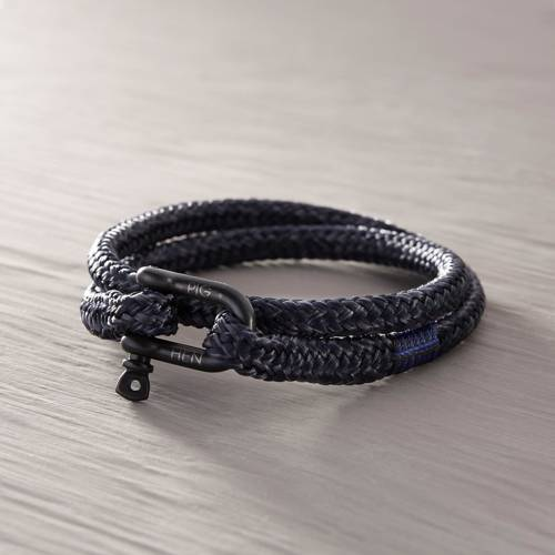 Cabo Verde. Dark blue bracelet with shackle