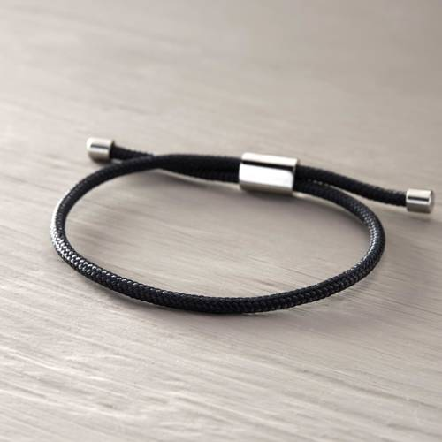 Everyday simplicity. Male bracelet
