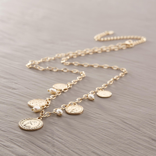 Felicia. Necklace with coins