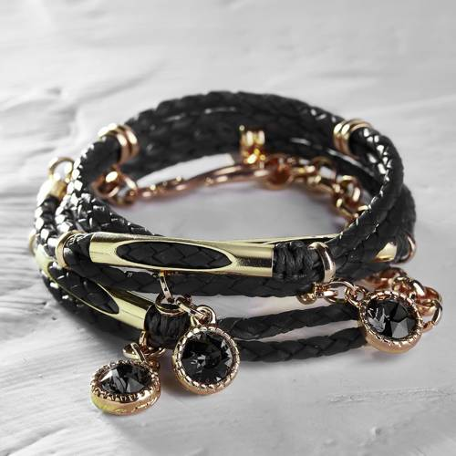 Go crazy!. Bracelet on a leather strap