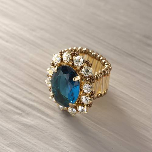 Hayat. Ring with a statement turquoise crystal