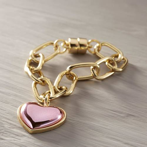 Kate style. Bracelet with a pink heart