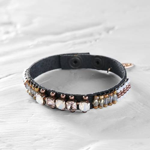 Miss President. Leather bracelet with crystals and beads