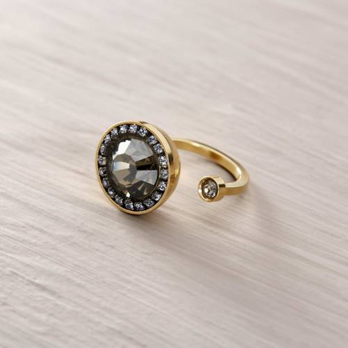 O'Keefe. Adjustable ring with Swarovski crystals