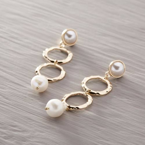 The free spirit. Drop earrings with pearls