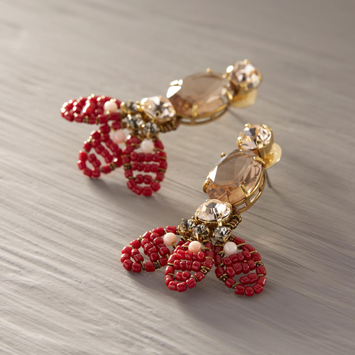 Yasmin. Earrings with red flowers design
